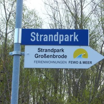 Strandpark Wegweiser
